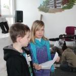 Lisa war unser Erzähler und Tim sprach das Gedicht.